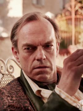Hugo-Weaving-plays-the-abusive-father-of-Patrick-Melrose-1206108