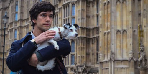 landscape-1526023102-ben-wishaw-a-very-british-scandal
